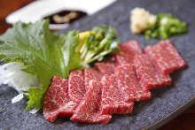 Fatty horse meat sashimi