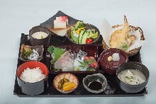 Sashimi meal set