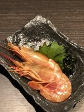 Grilled red rice prawn