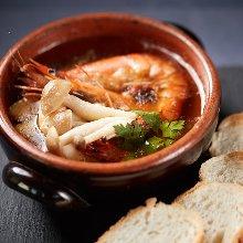 Shrimp ajillo (gambas al ajillo)