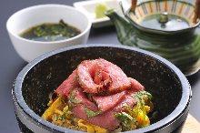 Chopped kabayaki eel on rice