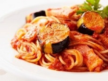 Pasta with Eggplant and Bacon