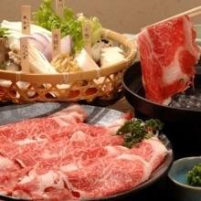 3種のお肉と野菜、海鮮のしゃぶしゃぶ食べ放題