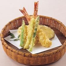 車海老と季節野菜の天麩羅