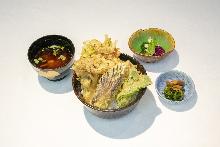 Vegetable tempura rice bowl