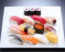Assorted nigiri sushi (11 kinds), with Japanese-style rolled omelet and 3 pieces of thin sushi roll