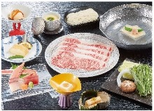 6,000 JPY Course (8 Items)