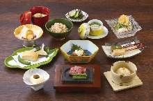 3,560 JPY Course (12  Items)