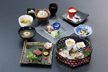8,800 JPY Course (8 Items)