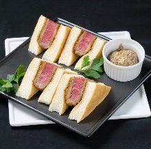 牛フィレ肉のカツサンド