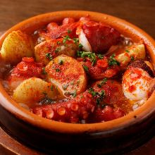 Polbo á feira (Galician-style octopus dish)