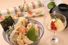 Tempura rice bowl set meal