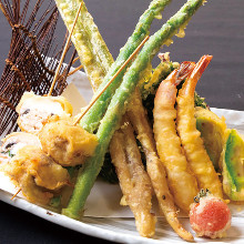 Assorted tempura of the season