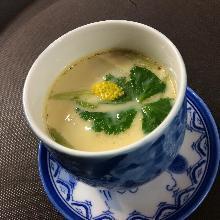 Eel chawanmushi (steamed egg custard)