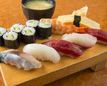 Nigiri sushi lunch set