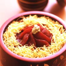 Soy sauce marinade fresh tuna rice bowl