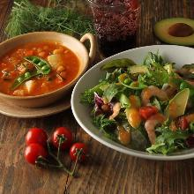 Soup and salad lunch