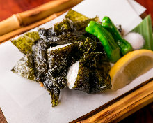 Seaweed-wrapped fried food