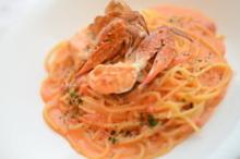 Tomato cream sauce pasta with Japanese blue crab