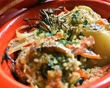 ずわいガニと夏野菜のカラスミのリングイネ