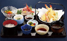 3,024 JPY Course (8 Items)