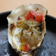 Unsalted grilled oyster