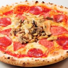 Salami and mushroom pizza