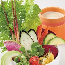 7種類の農園野菜のバーニャカウダ