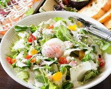 Caesar salad with bacon