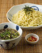 Chinese noodles with soup on the side