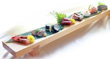 Assorted sashimi of the season, 8 kinds