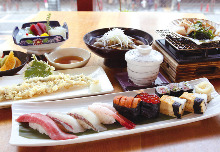 7,700 JPY Course (7 Items)