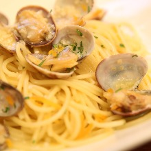 Pasta alle vongole in bianco with dried mullet roe