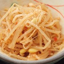 Bean sprouts namul (Korean seasoned bean sprouts)