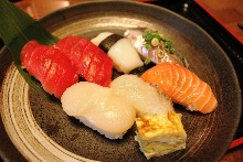 Assorted nigiri sushi, 7 kinds