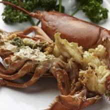 Live lobster teppanyaki