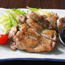 Grilled chicken leg flavored with sansyo (Japanese pepper)
