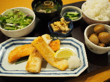 Fatty salmon belly meal