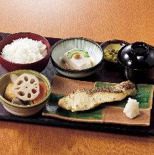 焼魚西京焼定食