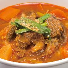 Kalbi soup