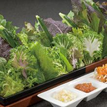 Sangchu (Korean stem lettuce)