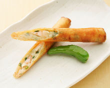 Fried spring roll of shrimp