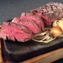 厚切り牛ステーキ