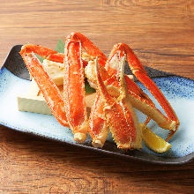 Grilled snow crab