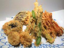Assorted vegetable tempura