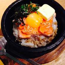 Broiled fatty salmon belly on rice