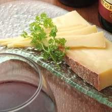 Parmesan cheese (Parmigiano-Reggiano)