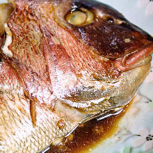 Simmered bony parts of seabream
