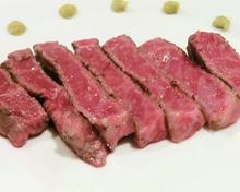 極上黒毛和牛フィレステーキ(A4)