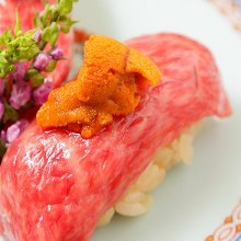 Sea urchin on beef sushi